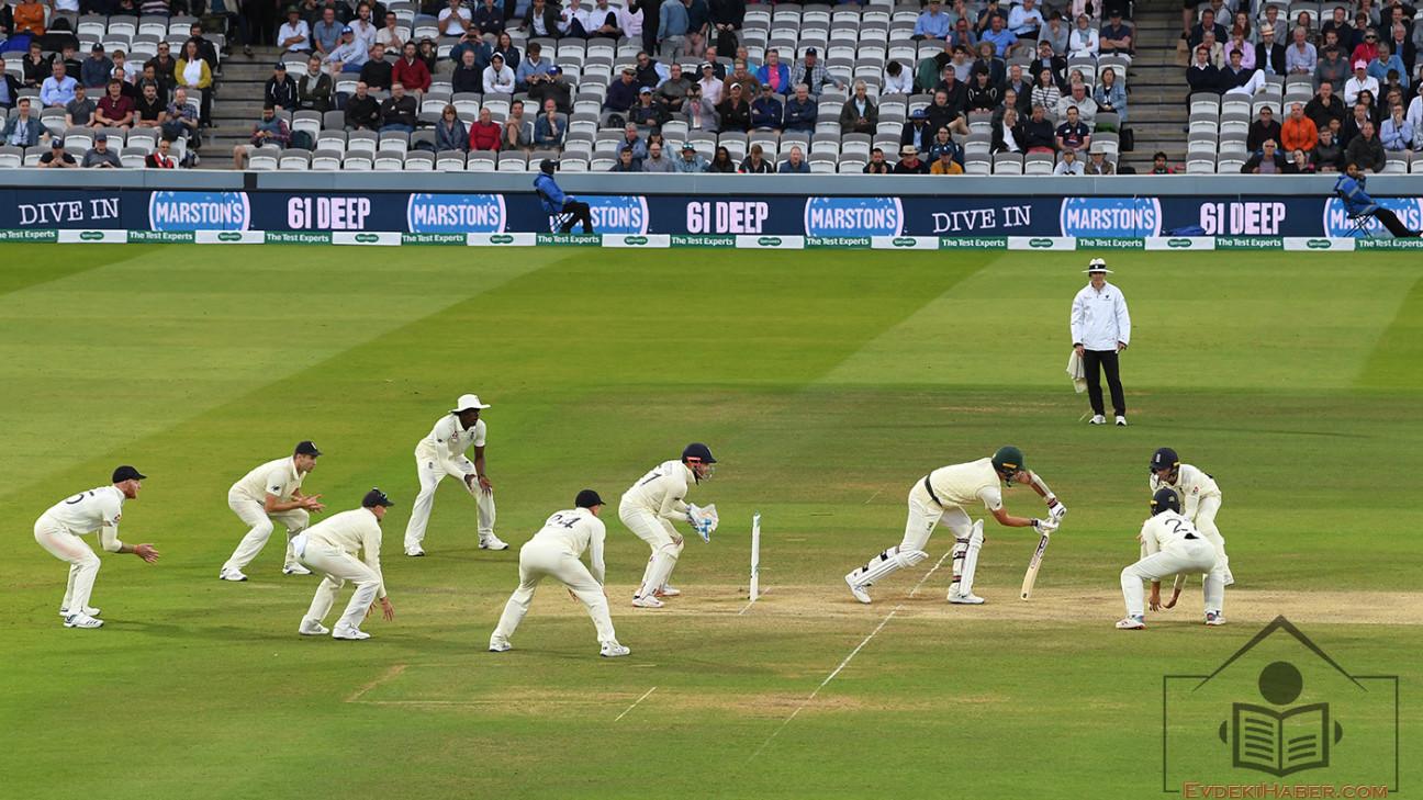 Kriket Skorları Maçın Gerçek Durumunu Görüntülemeyi Amaçlıyor